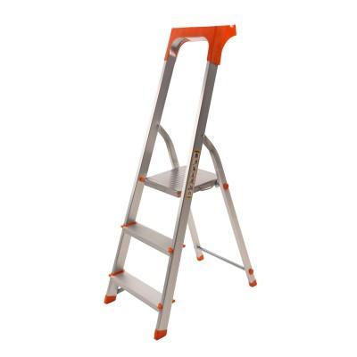 Стремянка алюминиевая Laddermaster Alcor A1AT3. 3 ступеньки